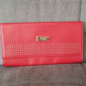 ⭐NWT⭐ BCBG Paris Red Leather Clutch with Star